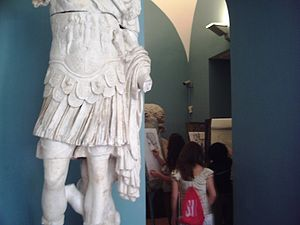 Accademia di Belle Arti di Napoli - Students drawing in the academy's collection of plaster casts