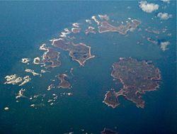 Aerial view of the Isles of Scilly 2009-03-04.jpg