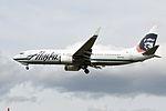 Alaska Airlines, Boeing 737-890(WL), N537AS - PDX (18899567619).jpg
