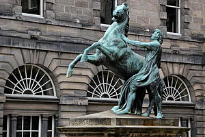 Bucephalus - A statue by John Steell showing Alexander taming Bucephalus