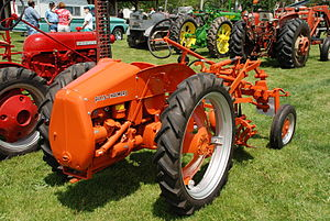 Allis-Chalmers Model G - Rear view of an Allis Chalmers G