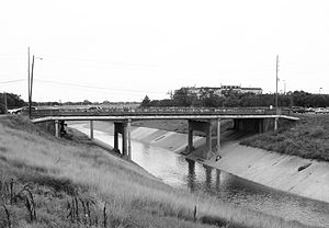 Brays Bayou - Almeda Road bridge over Brays Bayou near Hermann Park.