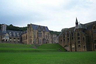 Ampleforth Abbey - Image: Ampleforth Abbey and College. geograph.org.uk 406908