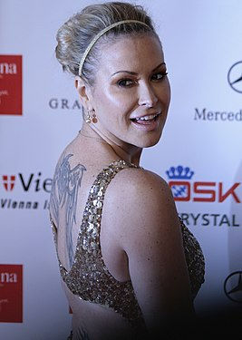 Anastacia, Women's World Awards 2009 c.jpg