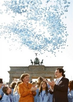 Angela Merkel und José Barroso vor dem Brandenburger Tor
