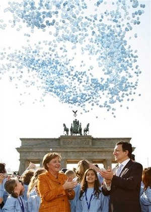Treaty of Lisbon - 50th anniversary in the summer of 2007, Berlin. (Merkel and Barroso)