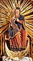 Anno 1200 schuf ein Künstler (aus Verona?) die Plastik der stillenden Madonna im Dom zu Bozen, Südtirol. 02.jpg