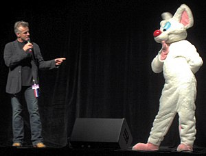 Rob Paulsen - Rob Paulsen with Pinky at Anthrocon 2007