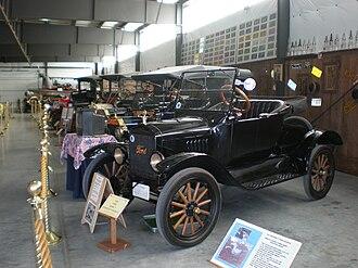 Western Antique Aeroplane & Automobile Museum - Antique Autos WAAAM