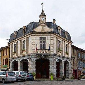 Aspet, Haute-Garonne - Town hall of Aspet