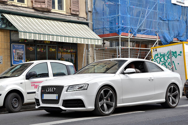 NEW BUILD YOUR AUDI RS5