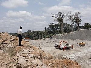 Oyala - Highway construction in Oyala