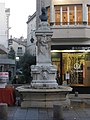 Avignon - Fontaine Paul Pamard.JPG