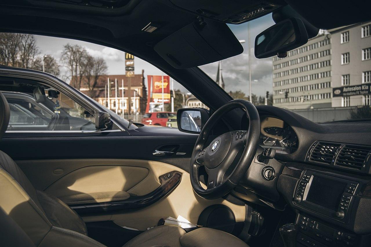 File Bmw E46 330i Coupe Interior 1 Jpg Wikimedia Commons