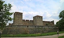 Castello di Baba Vida (27379217451).jpg