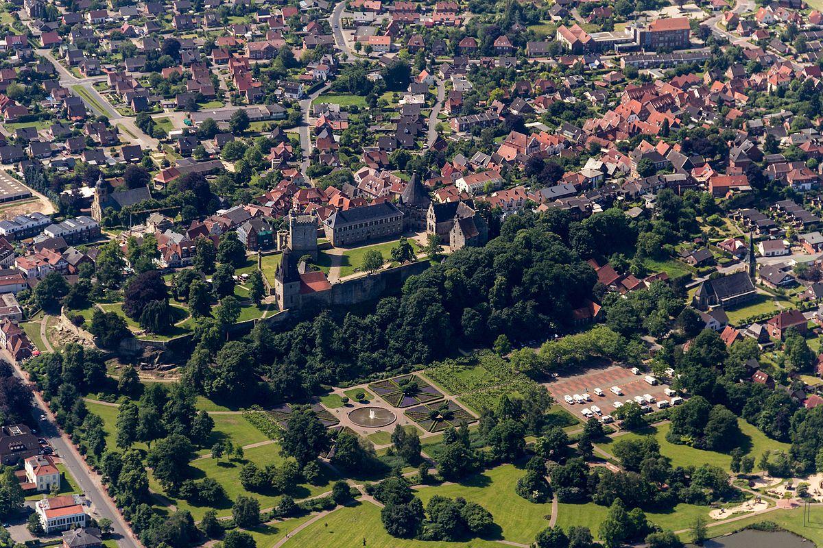 Lady Bad Bentheim
