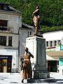 Bagnères-de-Luchon monument aux morts.JPG