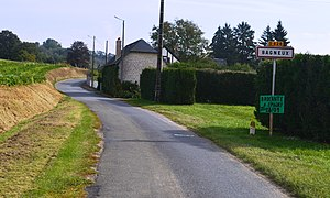 Bagneux, Aisne - The road into Bagneux