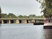 Bahnbrücke über Spree zw Tegeler Weg und Park ch'bg 2013-10-04 ama fec.JPG