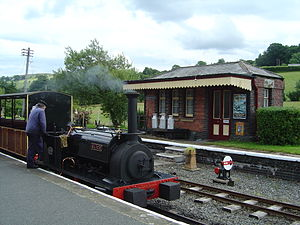 Great Little Trains of Wales - Image: Bala Lake Railway 2004 07 18