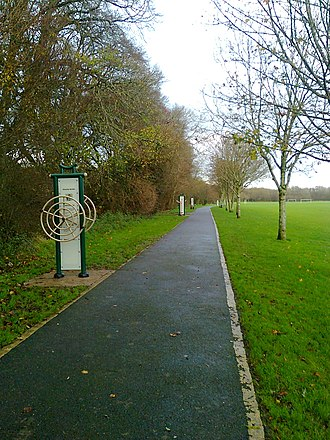Ballincollig - Free-to-use outdoor fitness equipment in Ballincollig Regional Park
