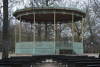 Brussels Park - Image: Bandstand in Brussels Park 2018 03 23 Andy Mabbett 01