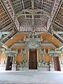 Bangunan di area Goa Gajah.jpg