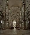 Basilique Sainte-Marie-Madeleine de Vézelay PM 46459.jpg