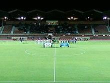 7bf9e0fe1369 L équipe (en bleu) lors du match contre Arles-Avignon du 28 octobre 2011 au  Stade Dominique-Duvauchelle