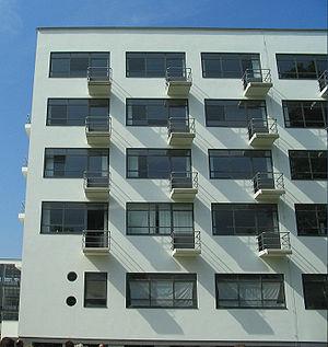 New Objectivity (architecture) - Walter Gropius's Bauhaus, Dessau