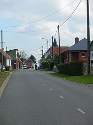 The main road of Beaufort-Blavincourt