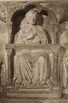 Cattedra scolpita su un sarcofago di un professore dell'Università di Bologna (1346 circa)