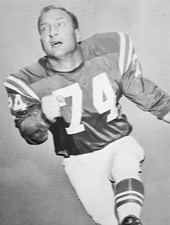 Billy Ray Smith Sr. Player of American football (1935-2001)