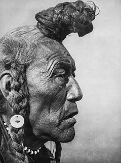 Blackfoot Confederacy ethnic group