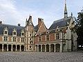 Blois (Loir-et-Cher) - Flickr - sybarite48 (1).jpg