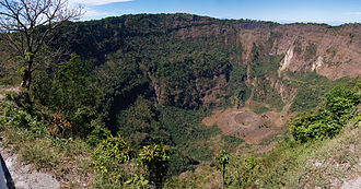 San Salvador (volcano) - San Salvador volcano crater
