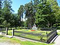 Borgestad kirke, Knudsenfamiliens gravlund.jpg