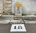 Borne rue Soufflot (Irancy).jpg