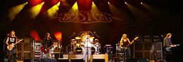 Boston (band) - 2008 at the Grand Casino in Hinckley.jpg
