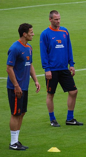 André Ooijer - Ooijer (right) with Khalid Boulahrouz during a training in preparation for Euro 2008