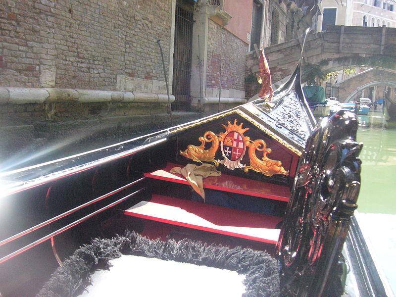 File:Bow of a Venice Gondola.jpg