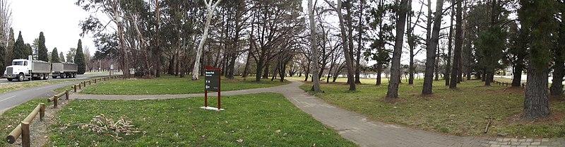 File:Bowen Park - panoramio.jpg