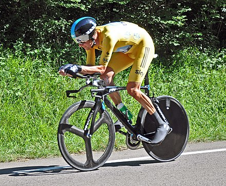 Bradley Wiggins riding the stage 9 individual time trial of the 2012 Tour de France Bradley Wiggins Tour 2012 EZF.jpg