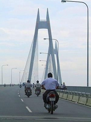 Bính Bridge - The bridge view from road level