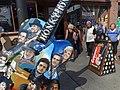 Broadway Scene with Oversized Guitar - Nashville - Tennessee - USA (10234125095).jpg