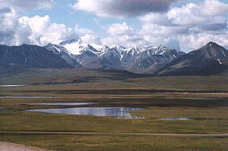 Brooks Range - Brooks Range from near Galbraith Lake