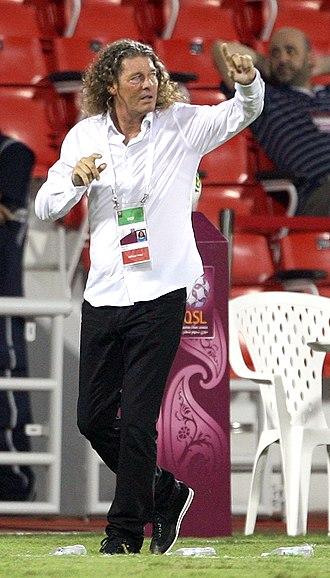 Bruno Metsu - Bruno Metsu managing Al-Gharafa in 2011.