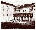 Brzezany Hof der Schloß Kaserne.jpg