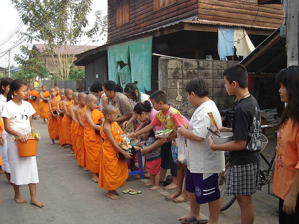 Buddhist child 05