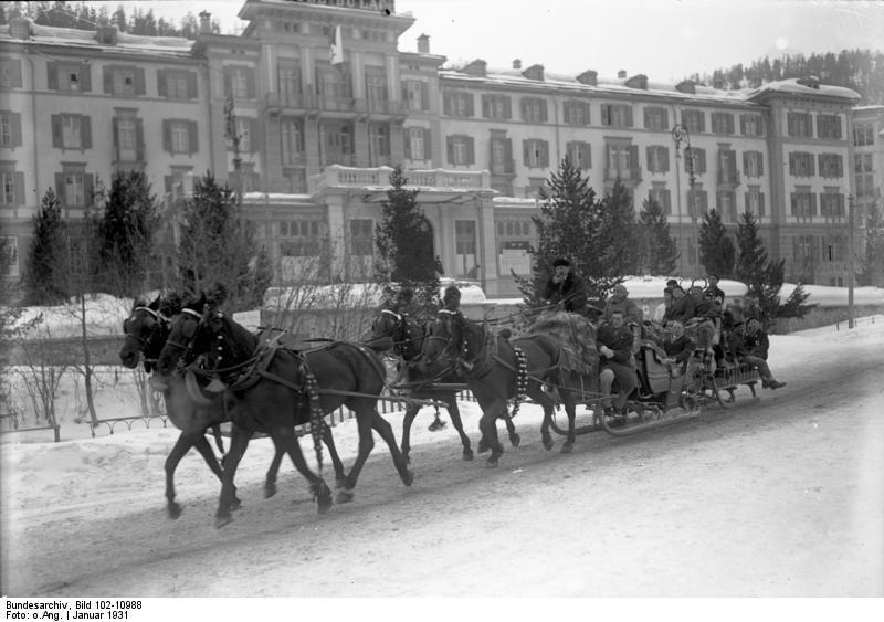 Bundesarchiv Bild 102-10988, St. Moritz, Vierergespann